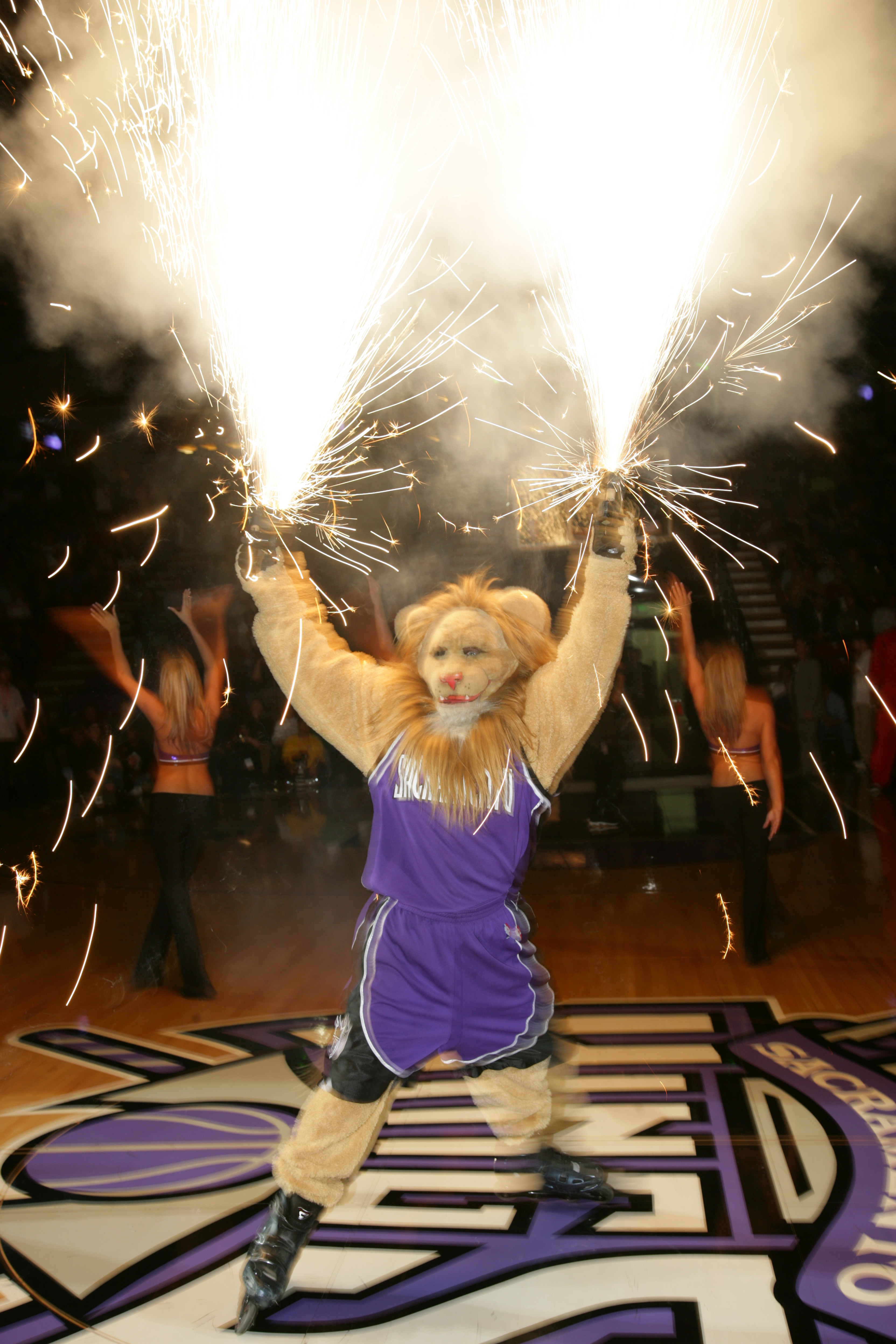 Slamson the Lion (Sacramento Kings)