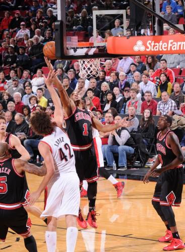 D-Rose hat in den elf Spielen nach seinem Comeback durchschnittlich 15,9 Punkte erzielt, aber auch nur 35,4 Prozent seiner Würfe getroffen.