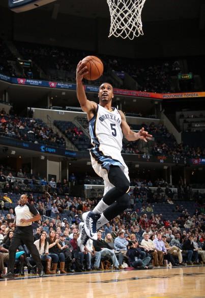 Lee legte bei seinem Grizzlies-Debüt 12 Punkte auf, dennoch verlor Memphis mit 108:110 nach OT gegen die Spurs.