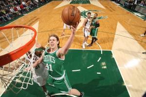 Schaffte gegen Milwaukee sein erstes Double-Double in der NBA: Boston-Rookie Kelly Olynyk.