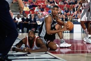 Tim Duncan spielte vier Jahre für die Wake Forest University und wechselte 1997 in die NBA.