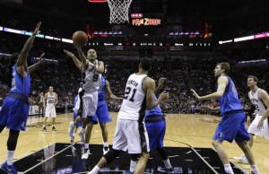 Spielentscheidender Mann im siebten Spiel gegen Dallas: Spurs-Playmaker Tony Parker.