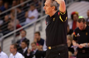 Steht Emir Mutapcic gegen Luxemburg zum letzten Mal als Bundestrainer an der Seitenlinie? (Foto: Imago/ Wolter)