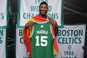 Marcus SMart und die Celtics kommen nach Europa (Foto: Getty Images)
