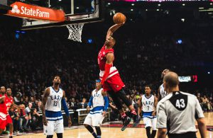 Russell Westbrook punktet im All Star Game 2016 mit einem Dunk.