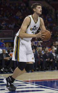 Zwölf Spiele konnte Tibor Pleiß in der NBA bereits bestreiten, Fot: getty images