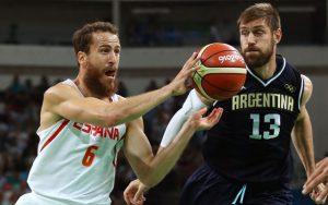 Trotz der Niederlage gegen Spanien steht Argentinien im Viertelfinale.