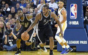 Kawhi Leonard konnte gegen die Warriors mit 35 Punkten ein neues Career High verzeichnen (Foto: Getty Images).