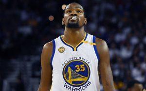 Trotz eines Double-Doubles kassierte Durant in seinem ersten Spiel für die Warriors den Blowout (Foto: Getty Images).