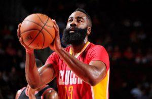 James Harden von den Houston Rockets nimmt im NBA-Spiel gegen Portland einen Freiwurf.