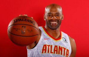 Vince Carter beim offiziellen Fototermin des NBA-Teams Atlanta Hawks.