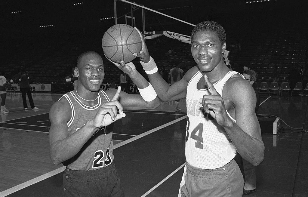 Hakeem Olajuwon, Michael Jordan
